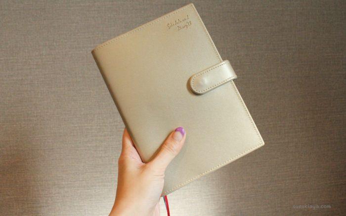 B6サイズの家計簿が一緒になった手帳