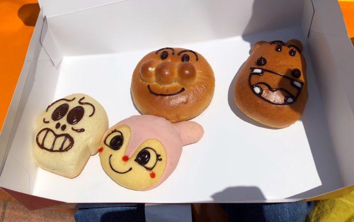 アンパンマンミュージアムで売ってるキャラクターパン