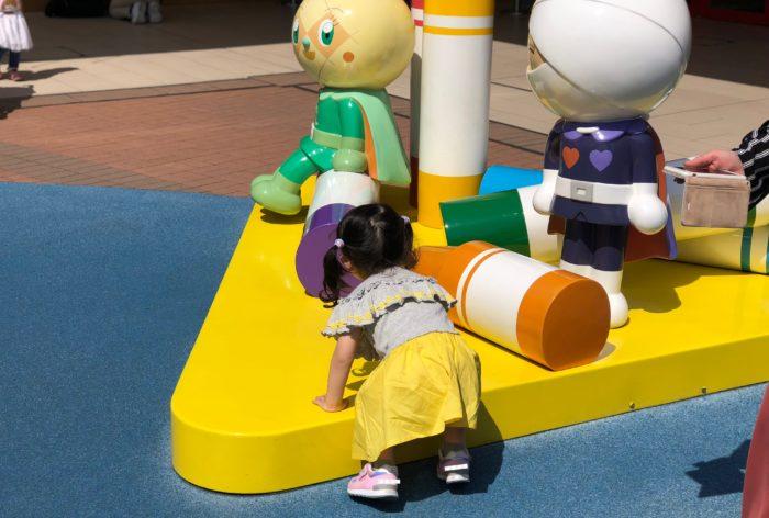 アンパンマンミュージアムの人形と