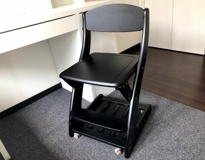 小学生の子供に学習チェアを購入*勉強机に合う長く使える椅子をレビュー