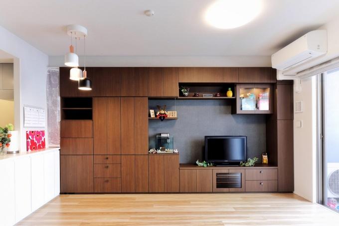 オーダー家具GNASHのオーダー家具(テレビ台と壁面収納)