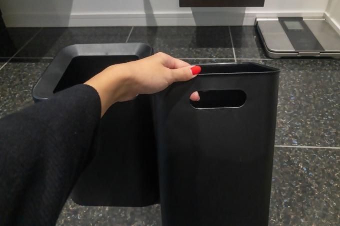 ニトリのゴミ箱は持ち手がある