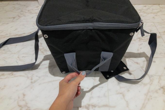 サーモスの保冷買い物カゴ用バッグ(レジカゴバッグ)の横の持ち手