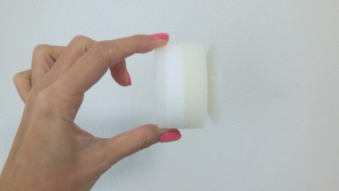 MARNA洗面吸盤スポンジの3層構造が掃除に適している