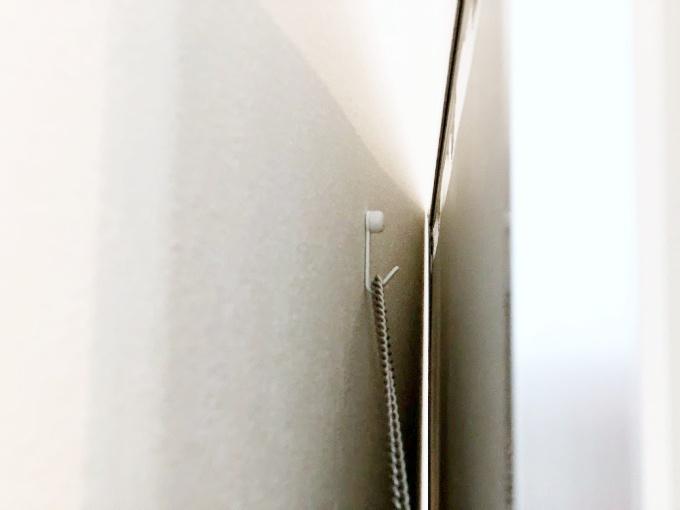 リフェクスミラーをJフックで壁に取り付け