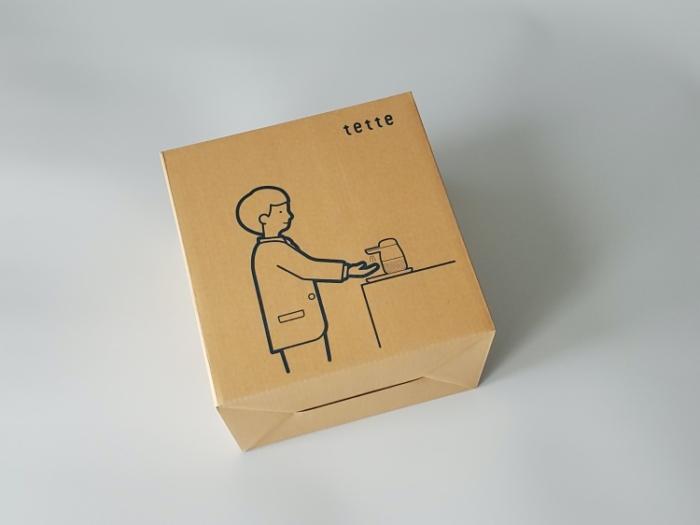 オートアルコールディスペンサー「tette(テッテ)」の箱