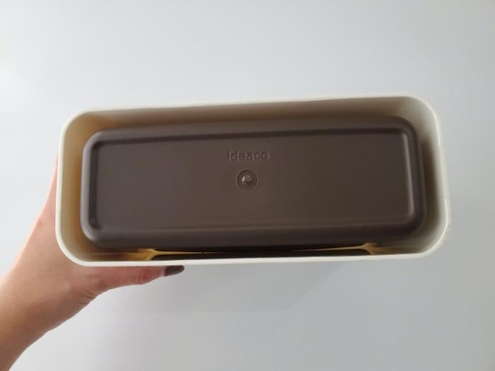 イデアコ(ideaco)のミニ卓上ゴミ箱「チューブラーコットンラッシュ」の裏面