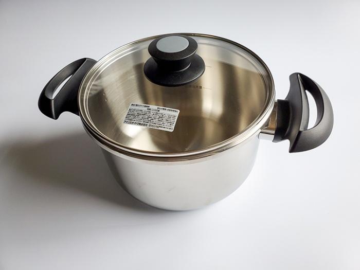 アイリスオーヤマの5L圧力鍋はガラス蓋付きで便利