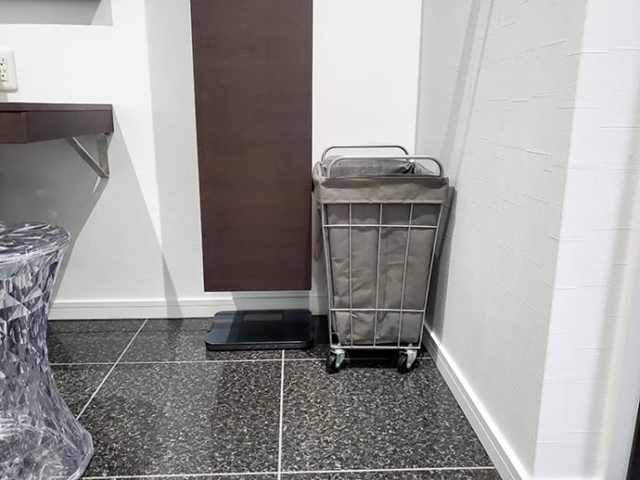 オムロンカラダスキャンHBF-256Tを洗面所に。インテリアに馴染むおしゃれなデザイン