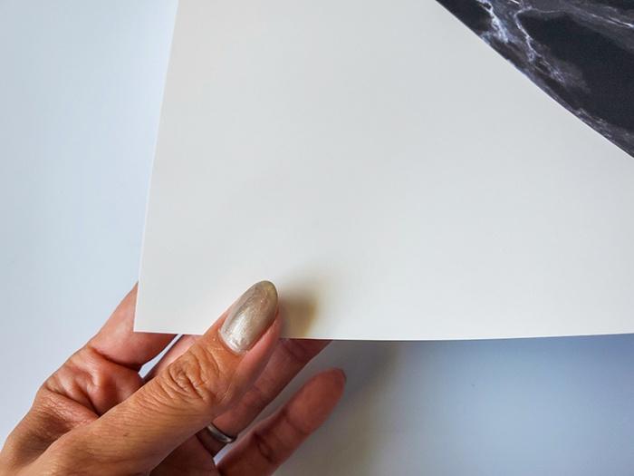 Project Nordのポスターの紙質。しっかりして丈夫な紙